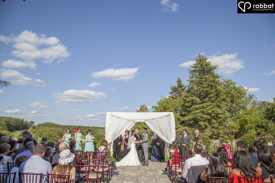Wedding ceremony under huppah at King Valley Golf Club